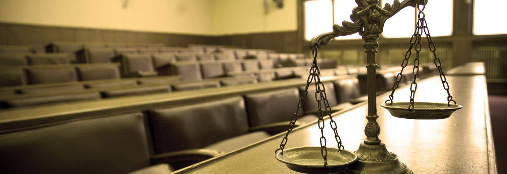 kansas city lawyer scales of justice